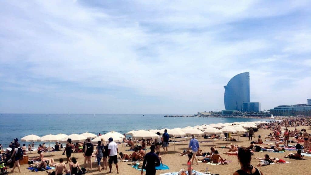 Ultimate Guide to Barcelona - Barceloneta Beach