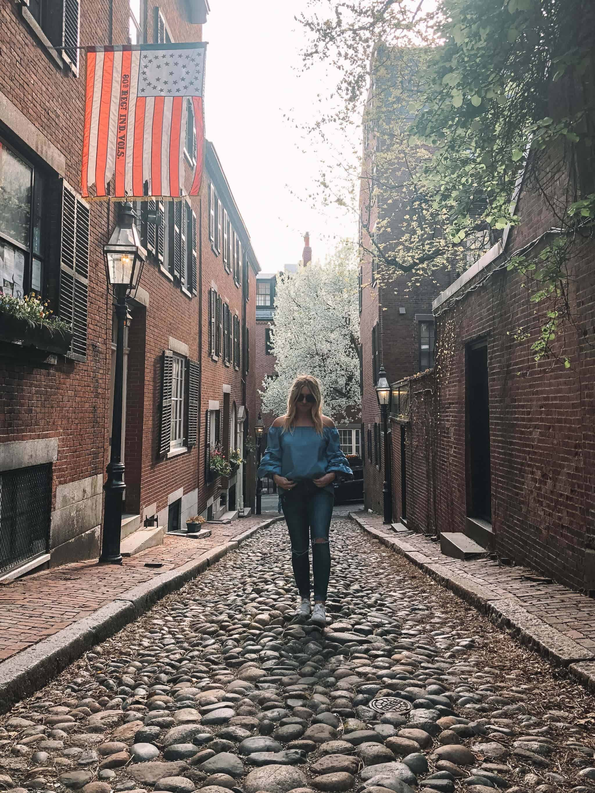 Top 10 Things to Do in Boston - Acorn Street
