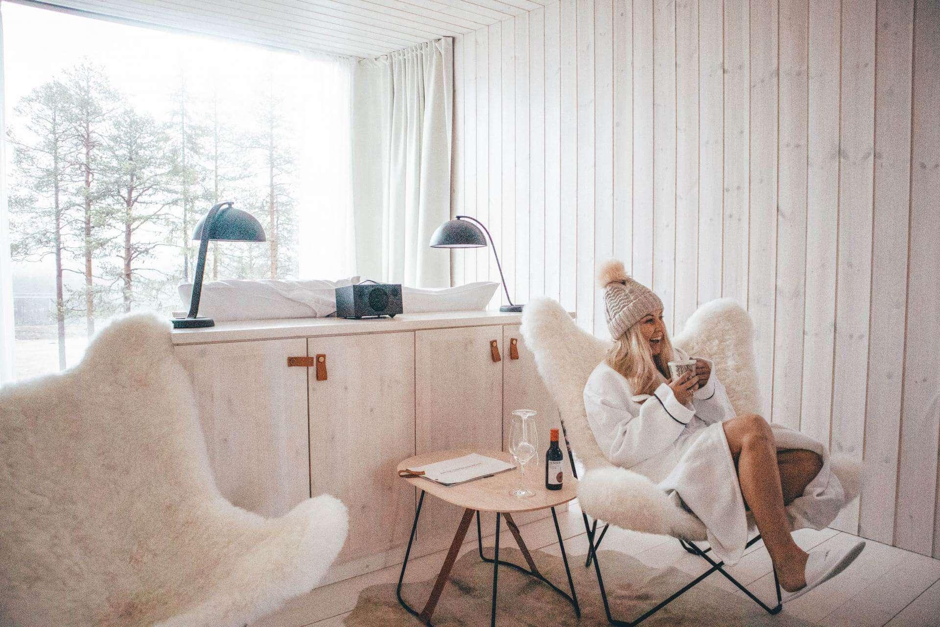 finnish lapland glass hotel