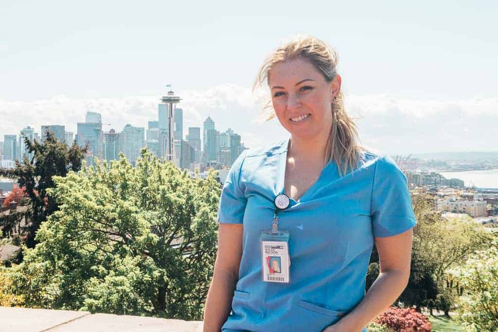 requirements to be a travel nurse