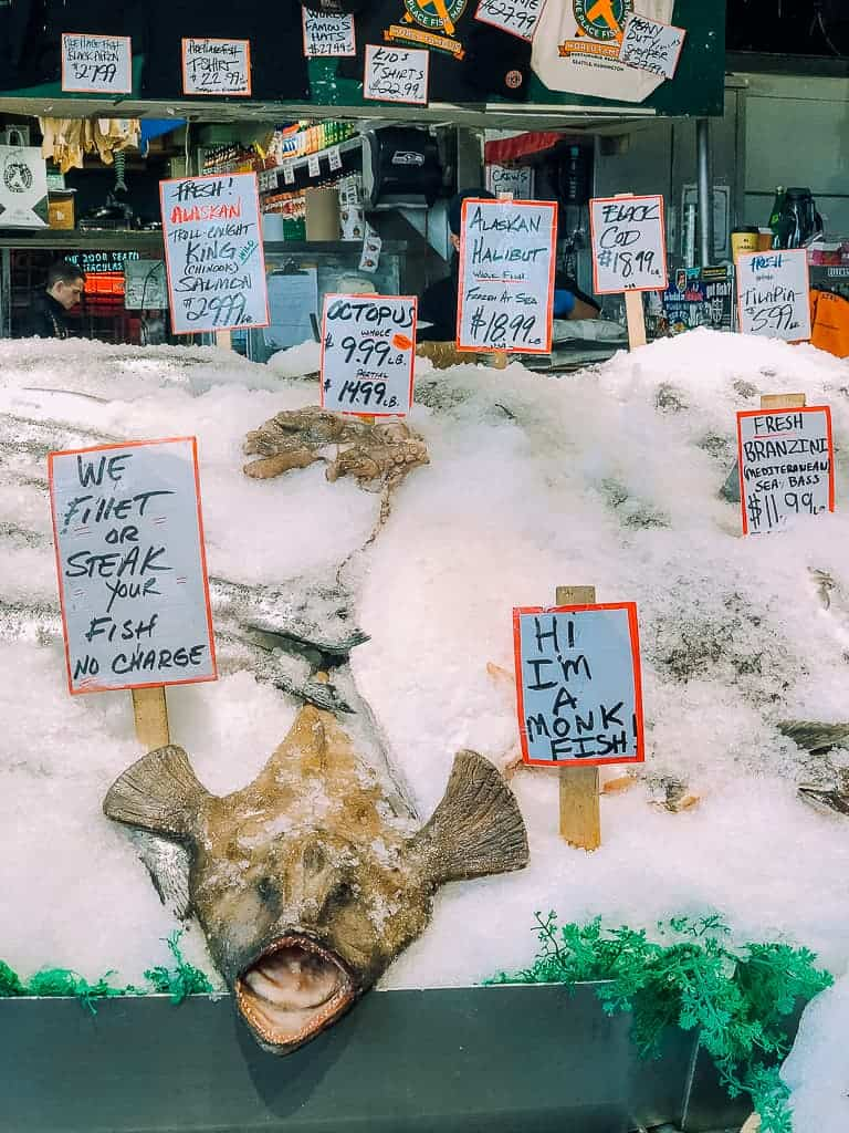 dead fish on ice at pike place market