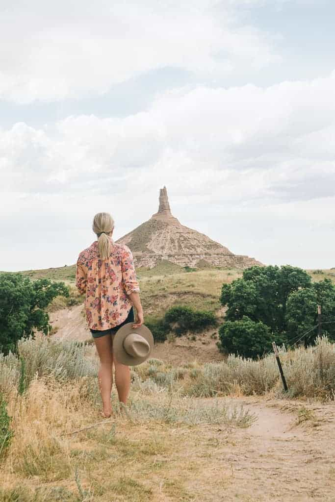 chimney rock, a famous landmark in Nebraska for the oregon trail