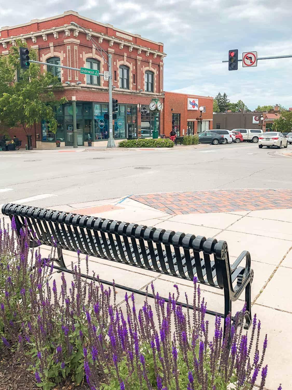 Dundee neighborhood in Omaha