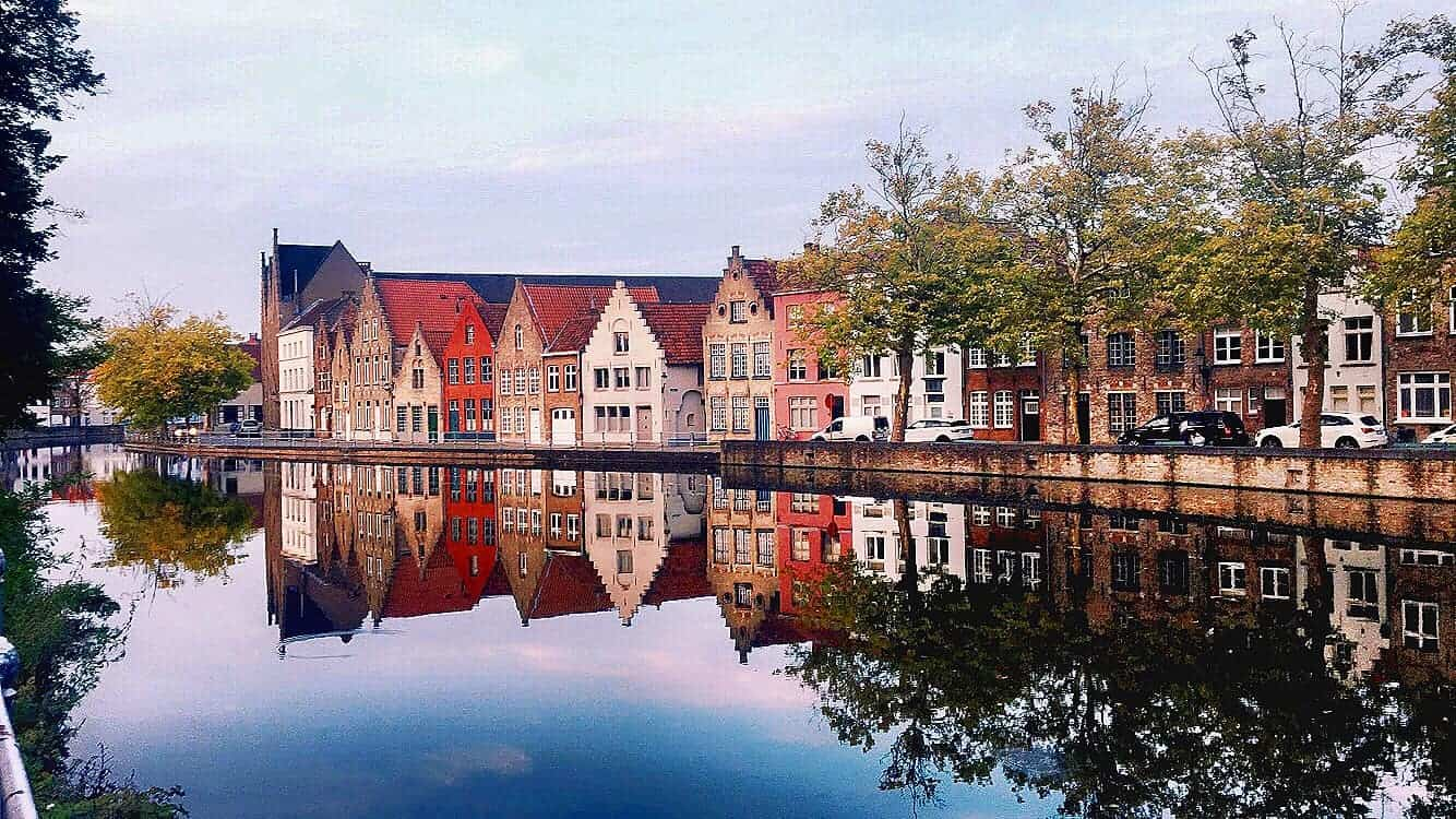 colorful houses in Bruges